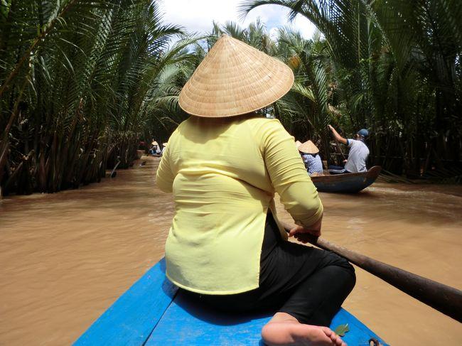 Tちゃんと宮古島へ行こうって言ってたのが急に宮古島よりベトナムの方が安いからベトナムに行こうって・・・<br /><br />はい。<br /><br />そして人事に聞いてたR子にも強制的に休みとらせた!<br /><br />初メンバー、初ホーチミンへ〜!!<br /><br />