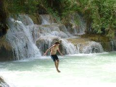 2013 ラオス・ベトナムの旅 4 ルアンパバーンからクアンシーの滝へ