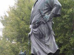 上野恩賜公園で西郷さんの銅像に面会し彰義隊のお墓に合掌