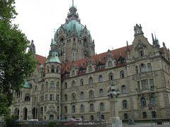 ドイツ・メルヘンの世界へ(06)―★ハノーファの市庁舎は スゴイ!