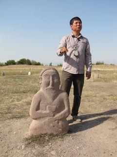 キルギスの旅(1)・・アク・ベシム遺跡とブナラの塔と石人、伝統騎馬ゲームを訪ねて