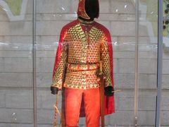 カザフスタンの旅(1)・・アルマティの国立中央博物館と民族楽器博物館、パンフィロフ戦士公園を訪ねて