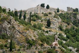 2012初夏、クロアチア等・東欧旅行記(45):6月25日(10):コトル、旧市街、断崖の城壁、コトルからドブロブニクへ