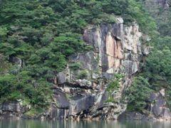 2012初秋、韓国旅行記25(3)丹陽、忠州湖クルージング、亀潭峰、玉筍峰、玉筍大橋