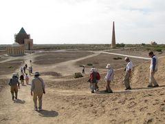トルクメニスタンの旅(1)・・ホレズム王国の発祥地クフナ・ウルゲンチとパルティア王国の都ニサ、トルクメンバシィ・ルーフ・モスク、アハルテケ種の「厩舎」を訪ねて