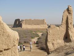 トルクメニスタンの旅(3)・・シルクロードの重要な隊商都市として栄えたメルヴ遺跡を訪ねて