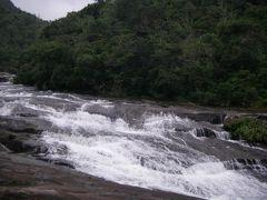 浦内川トレッキング‐2つの滝へ