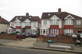 2013晩秋、イギリス旅行記2(20):12月2日(19):ロンドン、ロンドン市内見学へ、街道の家並み