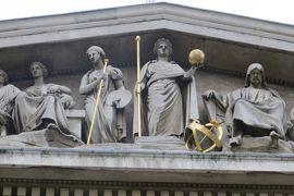 2013晩秋、イギリス旅行記2(25):12月2日(6):ロンドン、市内散策しながら大英博物館へ、2回目の大英博物館