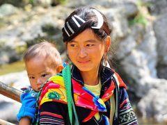 SaPa 少数民族の村々 5カットカット村 観光地化した黒モン族の村