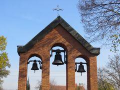 2013秋、ポーランド旅行記(14):10月22日(3):ザリピエ村、村の公民館、村の教会