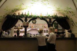 2013秋、ポーランド旅行記(22):10月23日(4):ワルシャワ、ホテルで一休み、ショパン所縁のレストラン