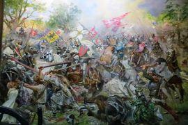 2013秋、ポーランド旅行記(25:補遺):ワルシャワ軍事博物館(1/4):戦争絵画、君主・英雄肖像画、彫像