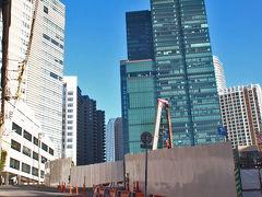 2014年の港区七福神巡りと2019年の六本木3丁目東地区開発後のビルたちを見る