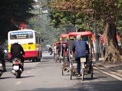 冬のハノイ、初日。聞きしに勝るバイクの多さ、空気の悪さに驚き!