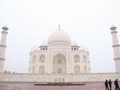 インドに呼ばれてみた② タージマハール 滞在1時間半ToT