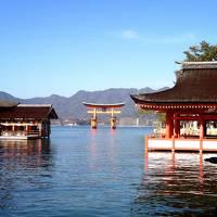 宮島・厳島神社と福岡・大宰府天満宮へ初詣の旅