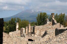 2013秋、イタリア旅行記2(11)ポンペイ、ポンペイ遺跡見学の後アマルフィ海岸へ