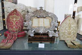 2013秋、イタリア旅行記2(49:補遺1):アマルフィ大聖堂の展示品(2/2)