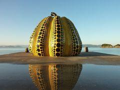 直島アート巡りと高松うどん巡礼の旅