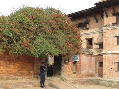 2014新春、ネパール旅行記(5)1月22日(4):ネパール、カトマンズからバクタプルへ、ダルバール広場