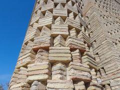 イスマイル・サマニ廟に感動!ブハラ観光