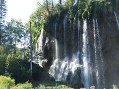 クロアチア6都市8日間 プリトヴィツェ湖群国立公園