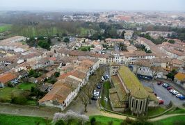 2014早春、南フランス等・4ヵ国巡り(18):2月28日(4):フランス:カルカソンヌの城塞、コンタル城、城塞からの眺望、城壁の通路