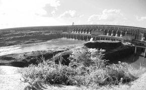 パラグアイの生命線:【いたいぷ〜ぅ】ダム(ブラジル/パラグアイ)