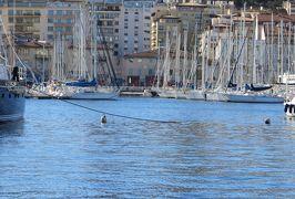 2014早春、南フランス等・4ヵ国巡り(29):3月1日(4):フランス:マルセイユ、港町・ヴュー・ポール、観覧車、桟橋、ヨット、大聖堂遠望