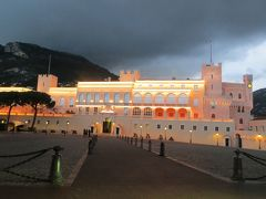 2014早春、南フランス等・4ヵ国巡り(39):3月1日(14):モナコ公国:モナコ大聖堂、ライトアップの大公宮殿、地中海の夕暮れ