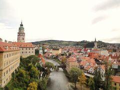女同士で楽しむ中欧 欲張り10日間の旅3日目(プラハ~フルボカー城~チェスキークルムロフ)