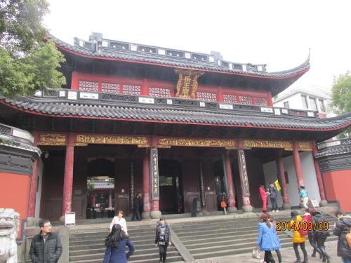 杭州の岳王廟』杭州(中国)の旅行...