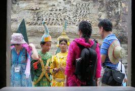 2014春、カンボジア旅行記2(28):3月21日(11):シェムリアップ、アンコール・ワット、第二回廊、第三回廊、中央祠堂、ディナー・ショーへ