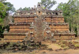 2014春、カンボジア旅行記2(34):3月22日(5):シェムリアップ、アンコール・トム、象のテラス、プラサット・スゥル・プラット、ピミアナカス、王のプール