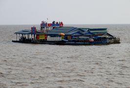 2014春、カンボジア旅行記2(41):3月22日(12):シェムリアップ、トンレサップ湖クルージング、オールド・マーケット、タイスキの夕食