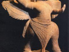 2014春、カンボジア旅行記2(47:補遺2):カンボジア国立博物館2:石像、ブロンズ像、格闘する猿、ガルーダ、シヴァ神とウマー
