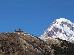 2014春のコーカサス旅行2−1 カズベキ行くべき、絶景かな