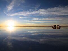 3月でも鏡張り見れたよ!感動のウユニ塩湖