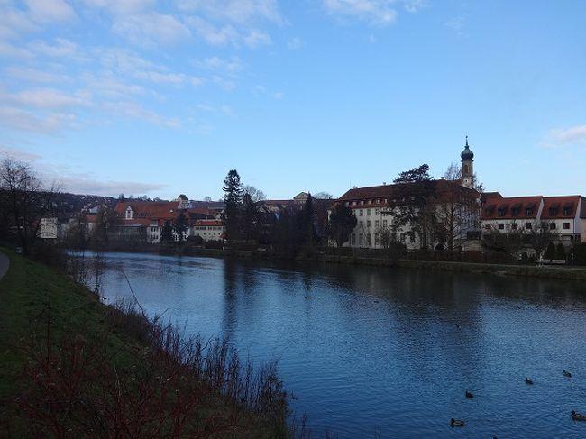 午前中は美しい田舎町ロッテンブルク、夜はクリスマスマーケット散策にニュルンベルクに行きました。<br />