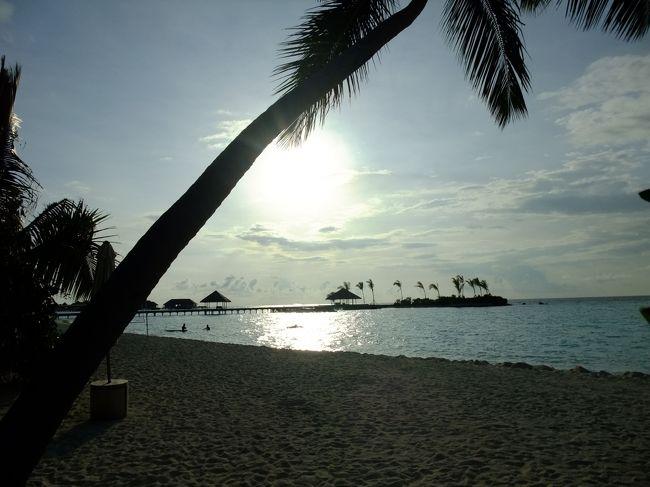 """モルディブのタァ環礁に2014年1月に新しくできた """"マーリフシ""""<br />ココアリゾートと同系列のコモホテルグループのリゾートの視察に行ってまいりました。"""