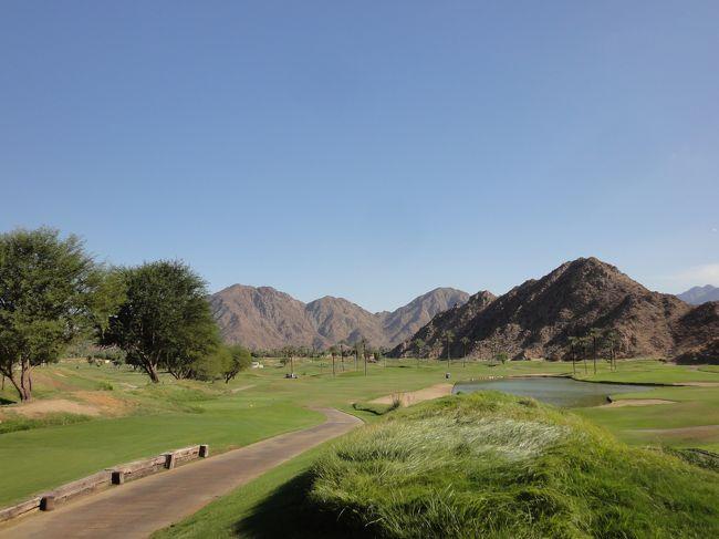 パームスプリングスへ念願のゴルフへ出かけた。<br />青い空、白い雲、こんなに美しいとは思わなかった。<br />岩山や砂漠の中に広がるゴルフコースは、日本のそれとは別世界だった。全く知らないアメリカ人と回ったが、真剣に楽しいゴルフを楽しめた。<br />素晴らしいコースで、本当に良い思い出になった。