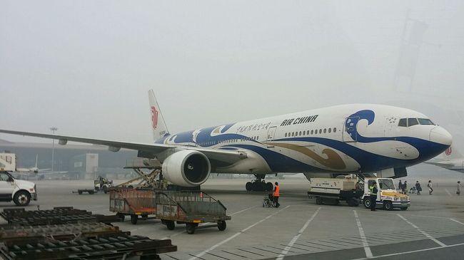 タイ、バンコクから中国国際航空のビジネスクラスで北京に行き、乗り換えてみました。