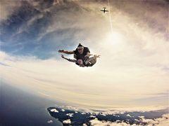 オアフの空を駆る鳥となれ♪14000 feetからスカイ・ダイビング/蒼と青、緑と大地の色が織りなす世界を飛ぶ☆Sky and Ocean Blue, Earth Blue…, All Blue, I Love !ハワイを週末+有給2日de大満喫【2】