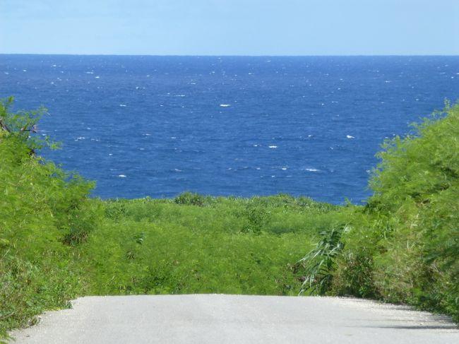 安栄観光でアイランドホッピングパスが販売されていて石垣島、西表島、鳩間島、小浜島、竹富島、波照間島が乗り放題なので3泊4日で全部の島をいっきに周遊してきました。<br />まずは、ずっと行ってみたかった波照間島からスタートしレンタルバイクで島を一周してきました。<br />