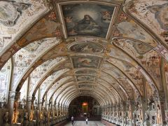 絢爛豪華レジデンツ博物館と 宝物館(ミュンヘン)