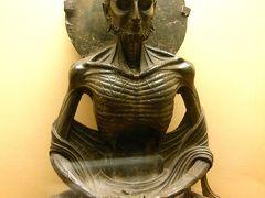 パキスタン2014・・・(7)ラホール博物館で断食仏陀に会う