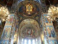 2013年ロシア旅行〜13年ぶりの再訪を3年前にあきらめた旅行計画で実現【第11日目:サンクトペテルブルグ】(4)内部装飾のモザイクがすばらしく、おとぎの城のような外観の血の上の救世主教会&周辺観光をちょっとだけ