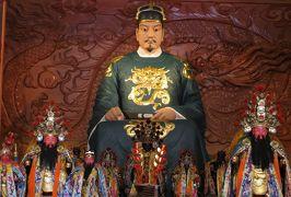 2014春、台湾旅行記9(12):5月7日(7):台南、延平郡王祠、鄭成功座像、田川松肖像