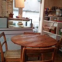 フランスの可愛いお家のようなCafe 「カフェ・ロッタ」を訪ねて♪